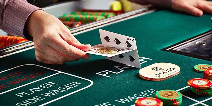วิธีเล่นบาคาร่าออนไลน์ พนันคาสิโนยอดฮิตระดับโลก ที่จะเงินร้อย ให้เป็นเงินล้าน
